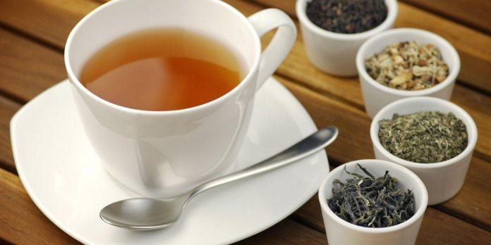 Можно ли черный чай при грудном вскармливании в первый месяц