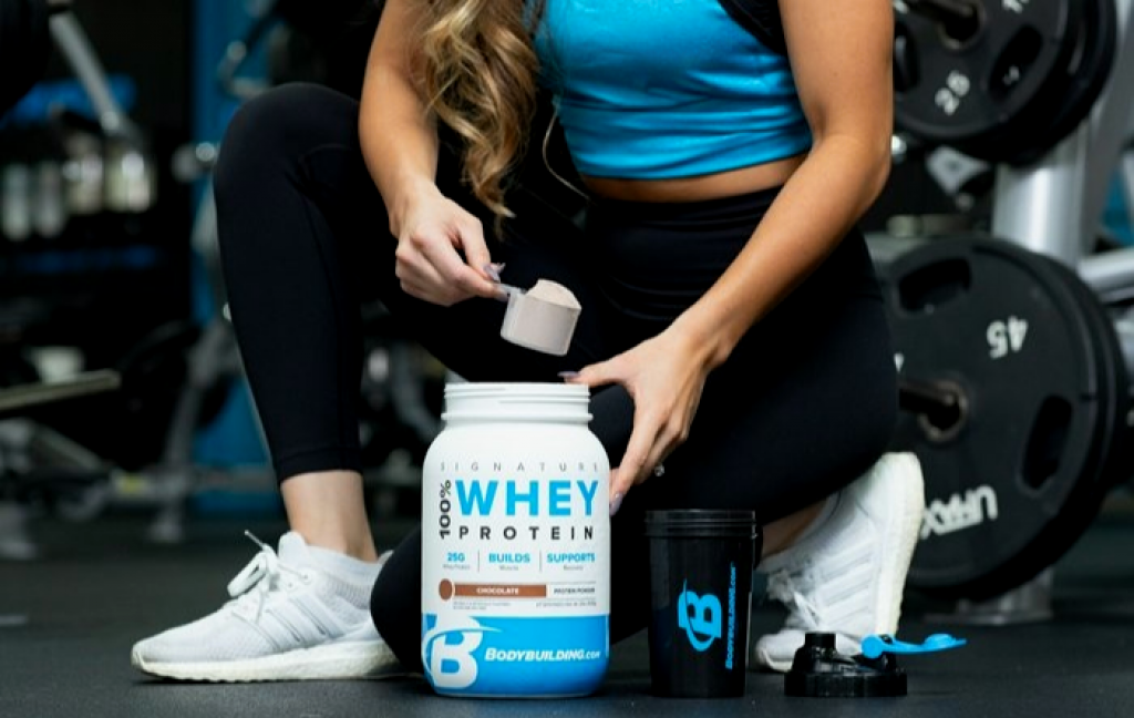 Как действует сывороточный протеин для девушек?