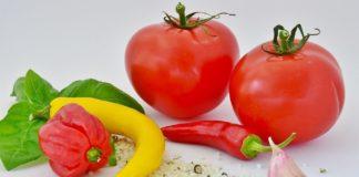 Острые помидоры с перцем