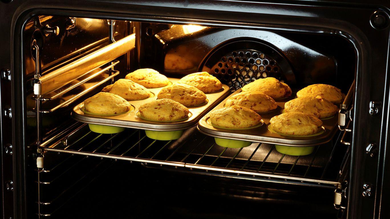 Кекс в духовке