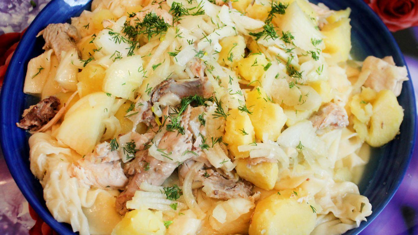 Бешбакрмак с курицей и картофелем