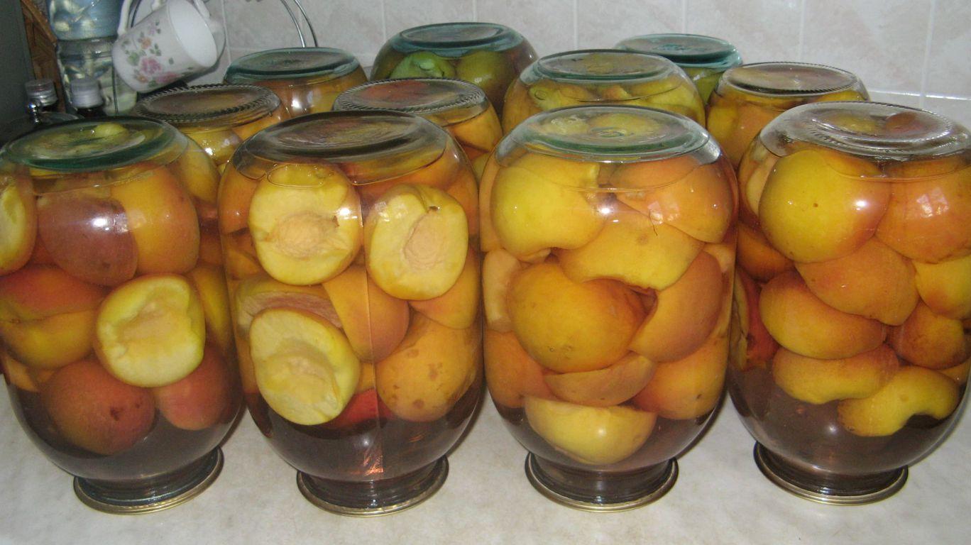 Моченые яблоки в трех литровых банках
