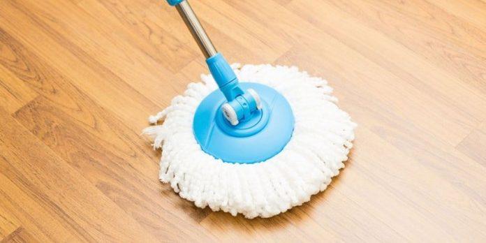 сколько уксуса на ведро воды для укрепления краски на полу